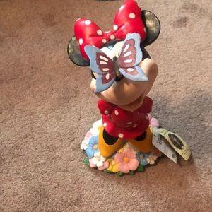 Adorable Minnie Mouse 🐭 solar garden statue